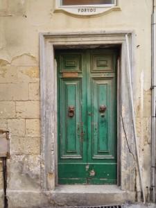 Málta látnivalók, egy jellegzetes kapu