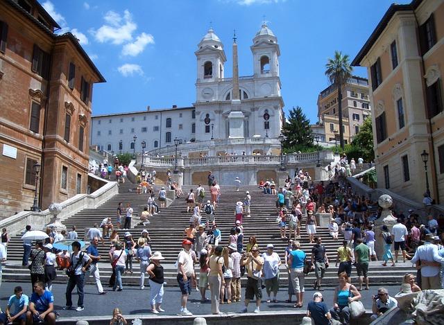 Kedvelt római látnivaló a Spanyol lépcső