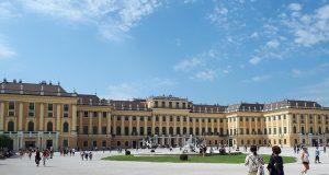 Schönbrunni kastély Bécs mellett