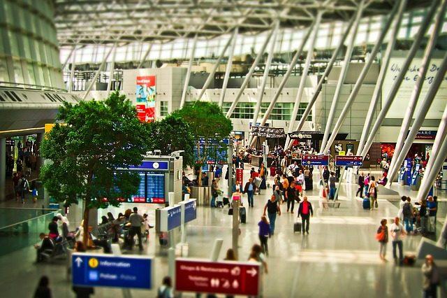 Repülőjegy, repülőtér