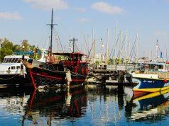 A kikötő Larnacában