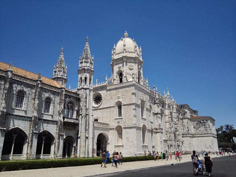 Lisszabon híres látnivalója, a Jeromos Kolostor
