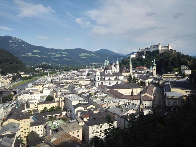 Salzburgi városkép a Mönchsbergről