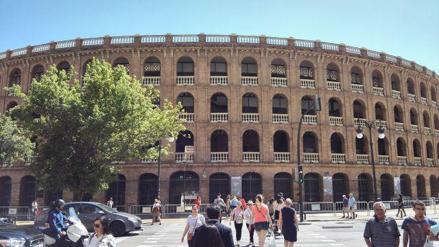 Bikaviadalok helyszíne Valenciában az Aréna
