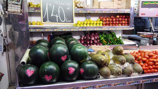 Zöldség-gyümölcs a piacon