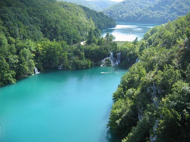 Lépcsőzetes Plitvicei-tavak