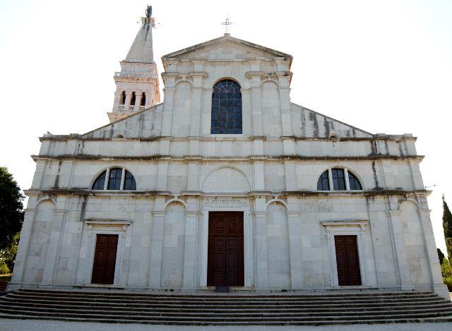 A leghíresebb Rovinj látnivaló, a Szent Euphémia templom