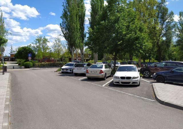 Balatonfüred Szabadság utcai parkolója