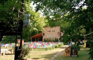 Fövenyes kertmozi a Balaton partján