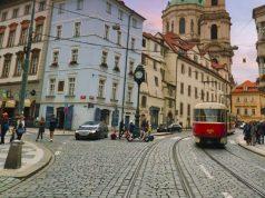 Prágai villamos az óvárosban